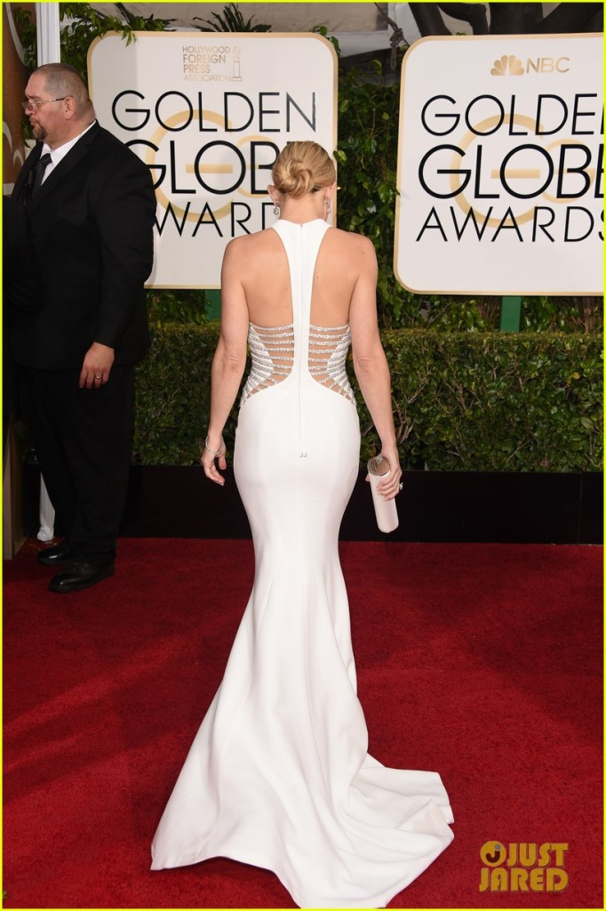 kate-hudson-shows-tons-of-skin-at-golden-globes-2015-03