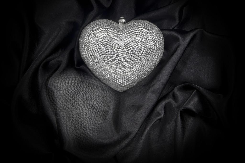 LOVE HEART SILVER GCB4002 copy