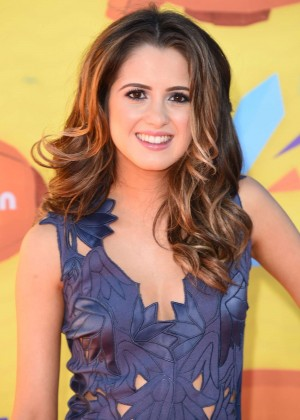 Laura-Marano -2015-Nickelodeon-Kids-Choice-Awards--11-300x420