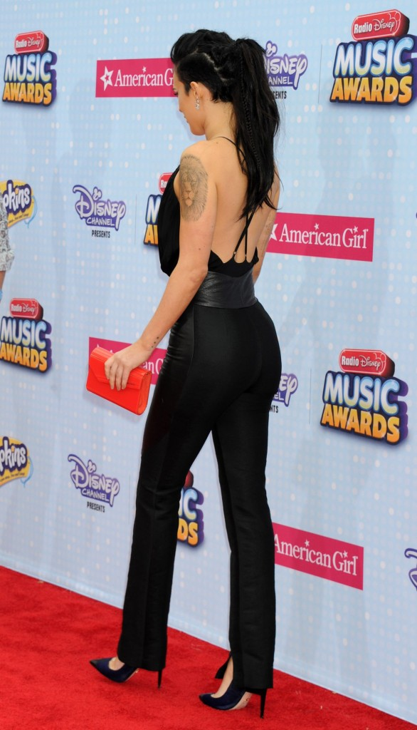 rumer-willis-at-2015-radio-disney-music-awards_3