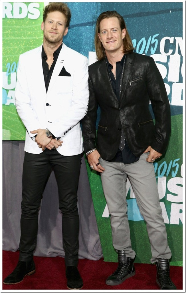 Florida-Georgia-Line-at-2015-CMT-Music-Awards-Trendsetters