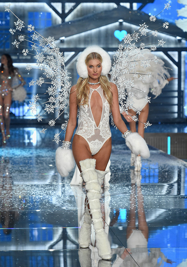 vs-fashion-show-2015-runway-8