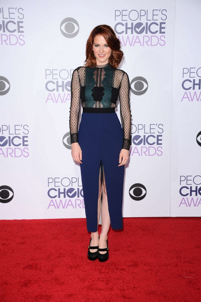 Sarah-Drew--Peoples-Choice-Awards-2016--06-662x995